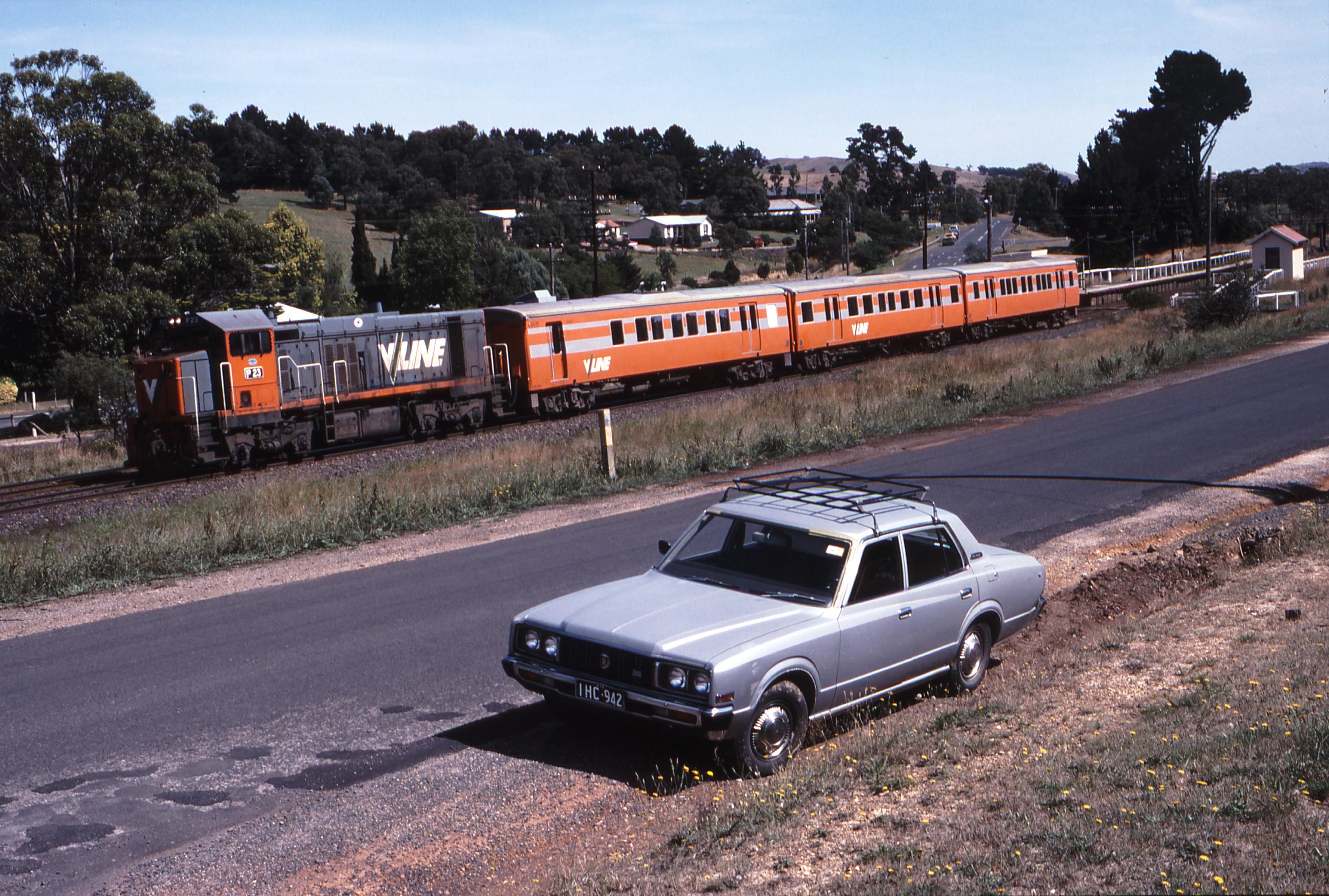 Toyota Of Weston >> Weston Langford - 116354: Wandong 8314 Up Passenger from Seymour P 23 Langfords 1975 Model ...