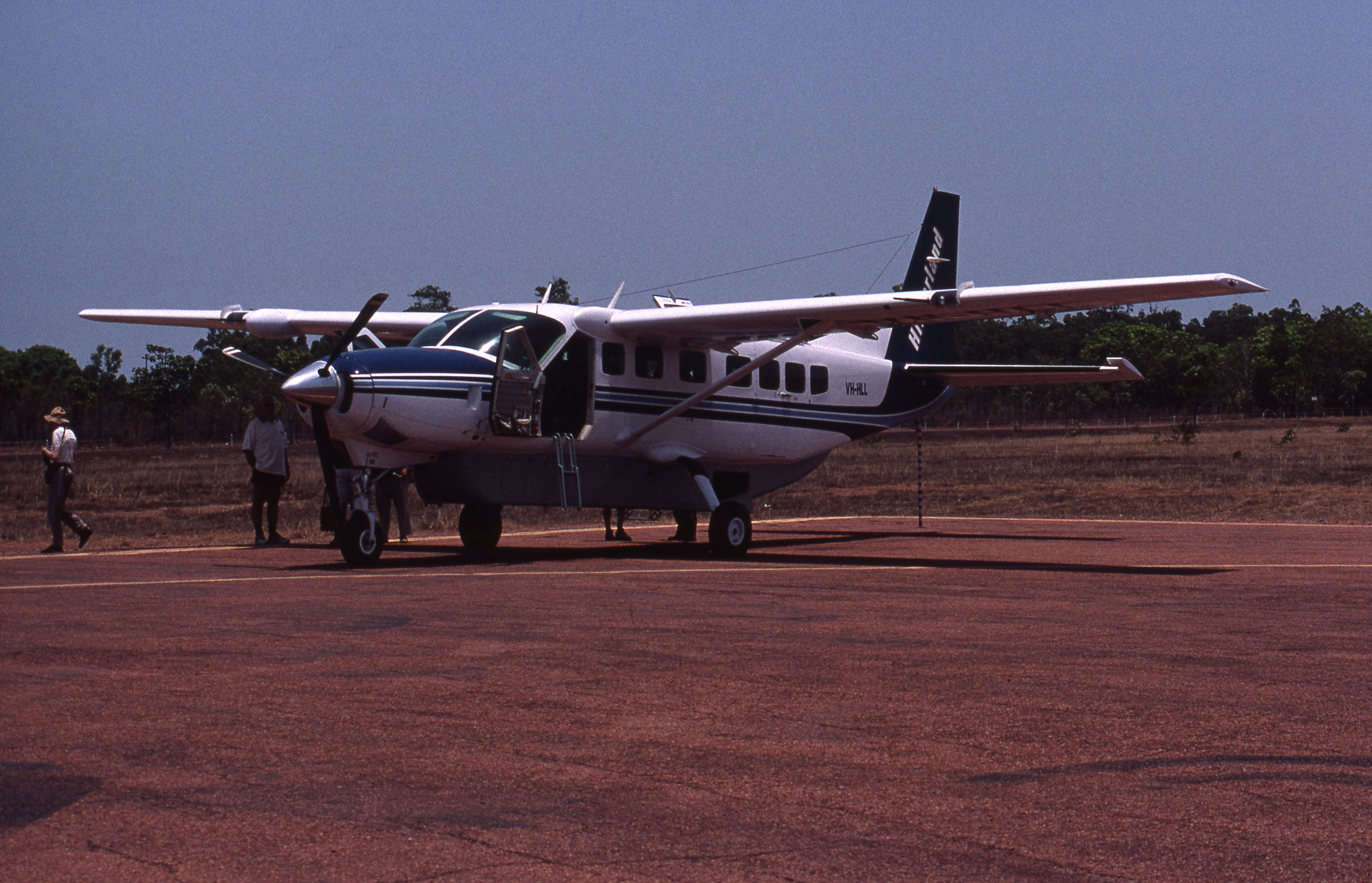 Weston Langford - 400929: Weipa Airport Qld Cessna VH HLL
