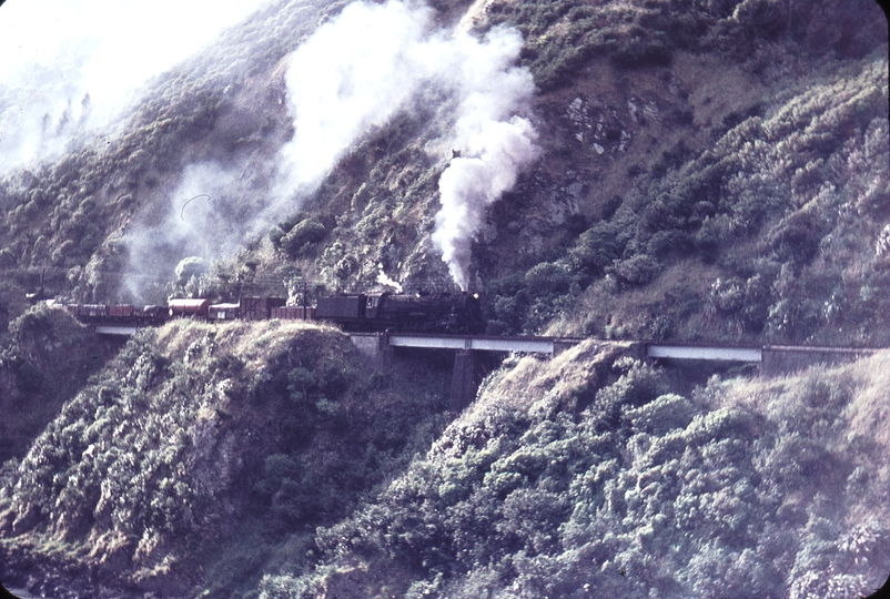 103448: Manawatu Gorge Woodville - Ashurst Up Goods Ka 951