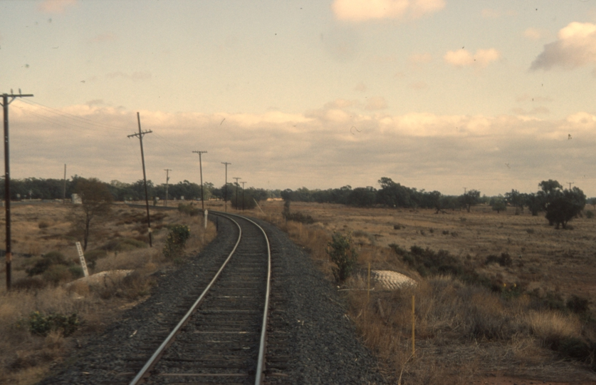 131042: Nyngan Junction Bourke Line straight ahead and Cobar Line to left